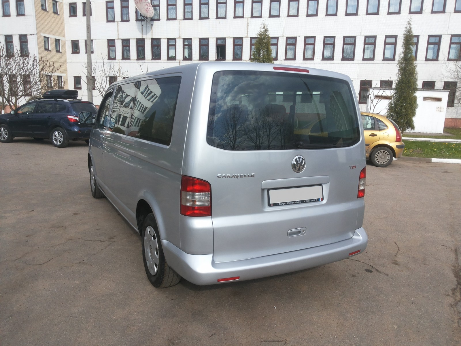 аренда и прокат авто в минске микроавтобус Volkswagen Transporter T5 2