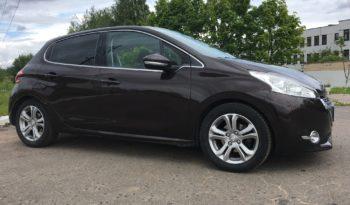 Автомобиль Peugeot 208 напрокат в Минске full